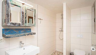 Badezimmer Bungalow am Schloß