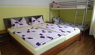 Schlafzimmer Ferienwohnung Stahl